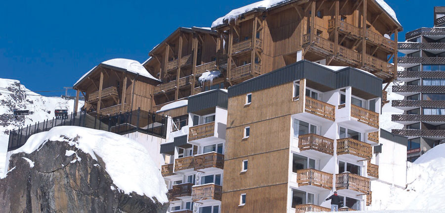 France_Val-Thorens_hotel_le_val_chaviere_side_exterior.jpg